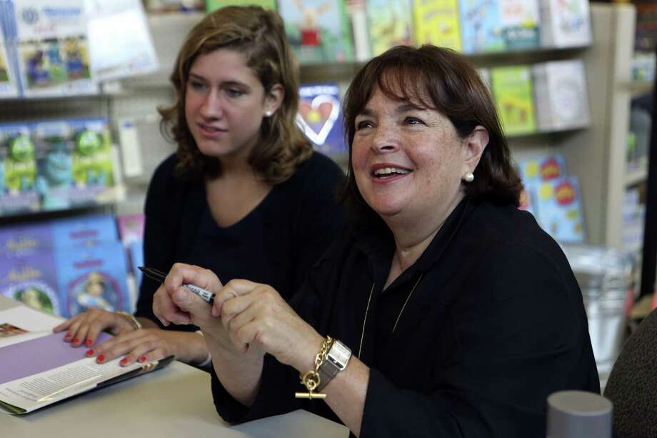 "Food Network star Ina Garten (right) signs copies of her book, ""Barefoot Contessa Foolproof,"" at the Alon Market H-E-B. She drew a large crowd. Photo: Helen L. Montoya / San Antonio Express-News"