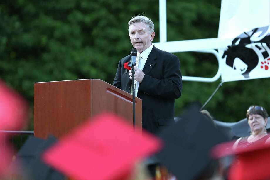 Mike Ross Connecticut Post freelance -One of two keynote speakers Thomas P. Van Stone of Sikorsky Aircraft addresses students during Thursday afternoon's commencement exercises for Platt Tech. Photo: Mike Ross / Mike Ross Connecticut Post freelance -www.mikerossphoto.com