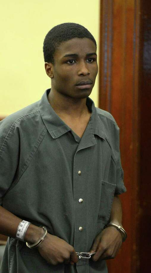 Chawn A. Sheares, 16, appears for his arraignment on murder and robbery charges in Rensselaer County Court March 18, 2013 in Troy, N.Y.  (Skip Dickstein/Times Union) Photo: SKIP DICKSTEIN / 10021612A