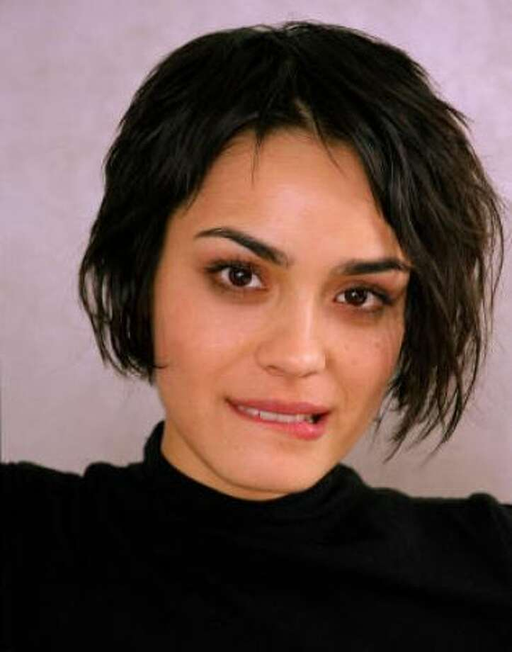 Shannyn Sossamon (and Dallas Clayton)Kid's name: Audio Science