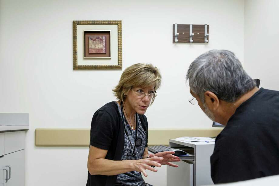 In the unemployed sector, 42.3 percent of individuals have health insurance.Source:U.S. Census Bureau Photo: Michael Paulsen, Staff / © 2013 Houston Chronicle