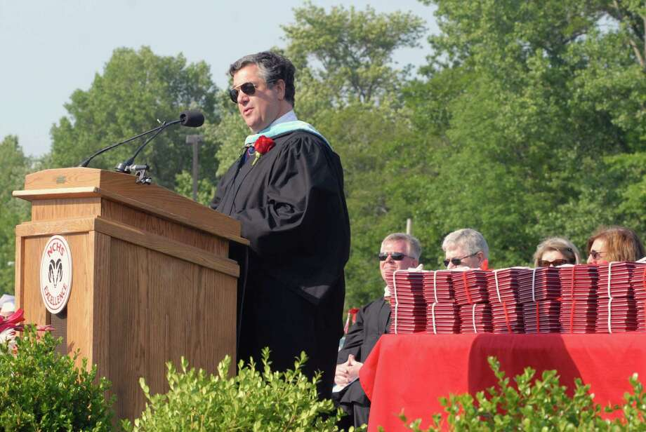 First Selectman Robert Mallozzi speaks ar New Canaan ( Conn. ) High School graduation commencement ceremony on Friday June 21, 2013. Photo: Dru Nadler / Stamford Advocate Freelance