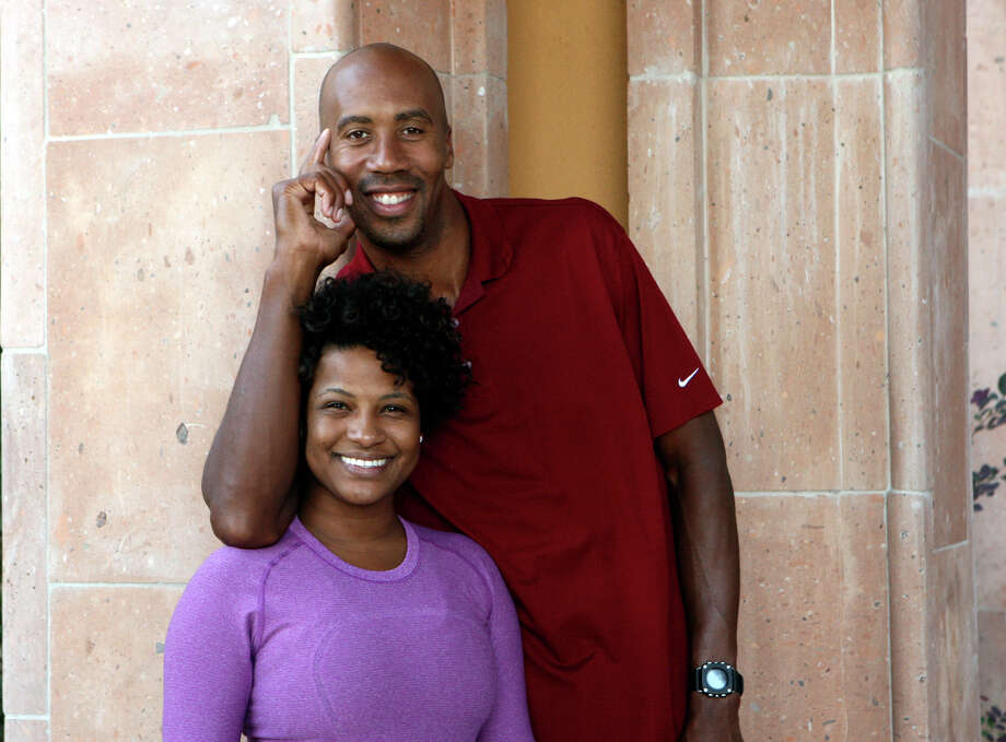 Y.B. and B.B.: Yardley Bowen and Bruce Bowen, filed Feb. 11, 2011. Photo: HELEN L. MONTOYA, SAN ANTONIO EXPRESS-NEWS / hmontoya@express-news.net