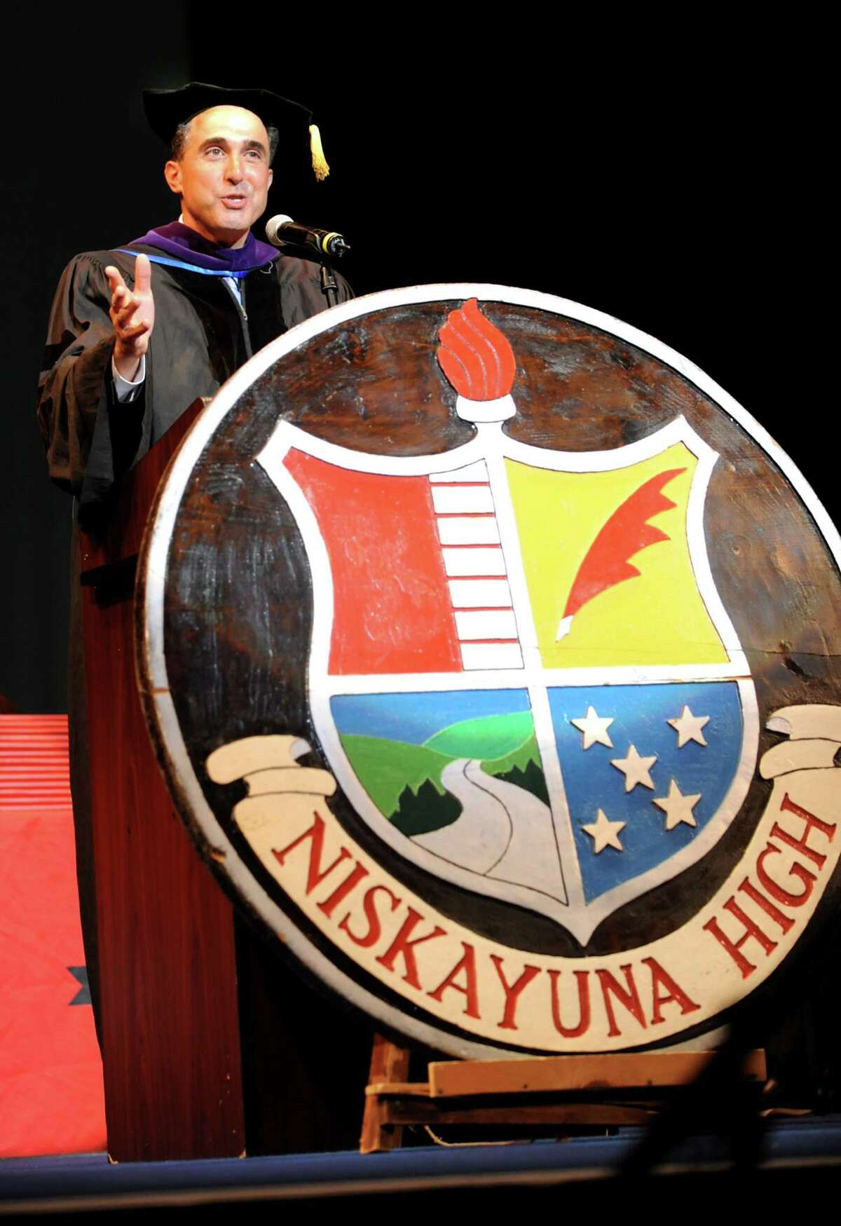 Niskayuna School District: No. 6 . Adults 25+ who have the following degrees: High School Diploma, 97.46%, Bachelor's Degree, 60.44%, Advanced Degree, 33.29%