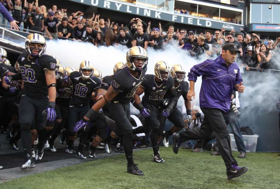 Washington Huskies: What to watch in 2013The Huskies enter 2013 with lofty expectations once again -- after a disappointing end to a 2012 season in which the team finished 7-6, capped by a loss to Boise State in the Las Vegas Bowl.   Washington will look to wipe the slate clean in 2013 as the team returns 18 starters from 2012. This team is the ''best football team that we've had since I've been here,'' head coach Steve Sarkisian declared this week.  Just how loud will the Dawgs bark this season? Click through the gallery to see the keys to a successful 2013 season.