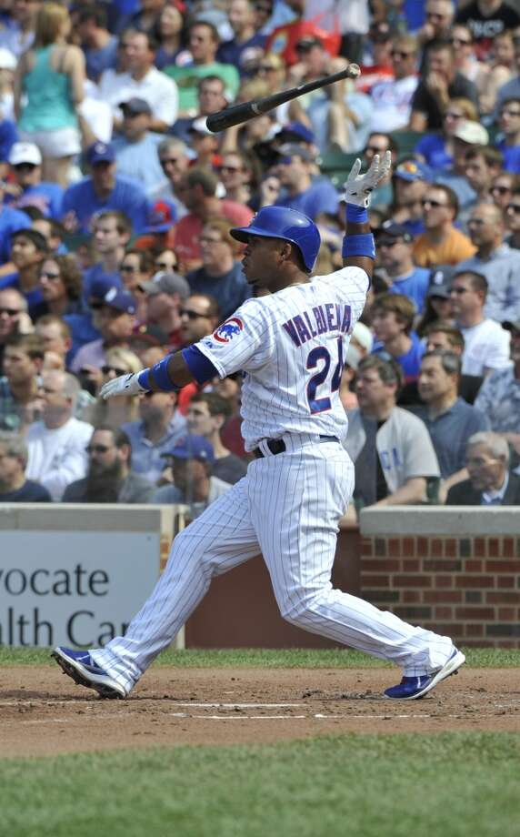 Luis Valbuena of the Cubs hits a two-RBI single.