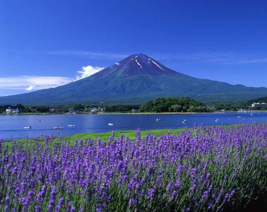 Fujisan -- Mount Fuji to English speakers -- has been inscribed as a UNESCO  World Heritage SIte as a 'sacred place and source of artistic inspiration.' It changes season to season, as the following pictures show.