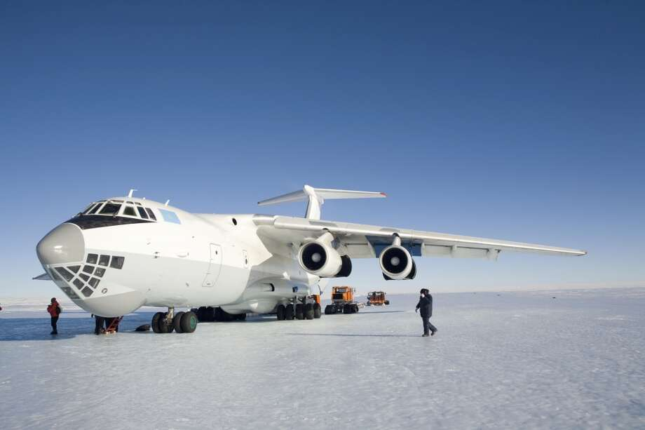 Ice Runway (Antarctica)