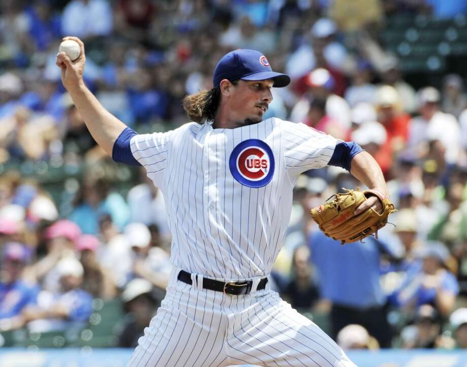 Jeff Samardzija of the Cubs delivers a pitch to the Astros.