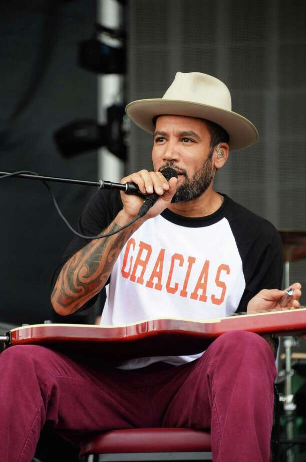 Ben Harper performs onstage at the Firefly Music Festival at The Woodlands of Dover International Speedway on June 23, 2013 in Dover, Delaware.  Photo: Theo Wargo, (Credit Too Long, See Caption) / 2013 Getty Images