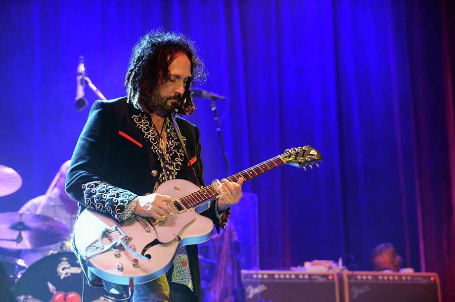 Mike Campbell of Tom Petty & The Heartbreakers performs onstage at the Firefly Music Festival at The Woodlands of Dover International Speedway on June 22, 2013 in Dover, Delaware. Photo: Theo Wargo, (Credit Too Long, See Caption) / 2013 Getty Images
