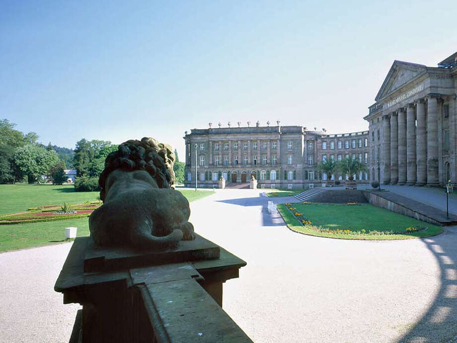 Wilhelmshöhe Palace in Kassel, viewed from the south, is part of Germany's new World Heritage Site of Bergpark Wilhelmshöhe. Photo: Nik Barlo Jr. / Nik Barlo jr.