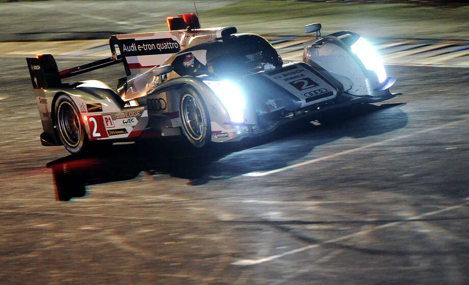 Audi R18 e-tron quattro N∞2 driven by Danish Tom Kristensen competes during the 90th 24-hours of Le Mans endurance race on June 23, 2013, in Le Mans, western France. Photo: JEAN FRANCOIS MONIER, AFP/Getty Images / 2013 AFP