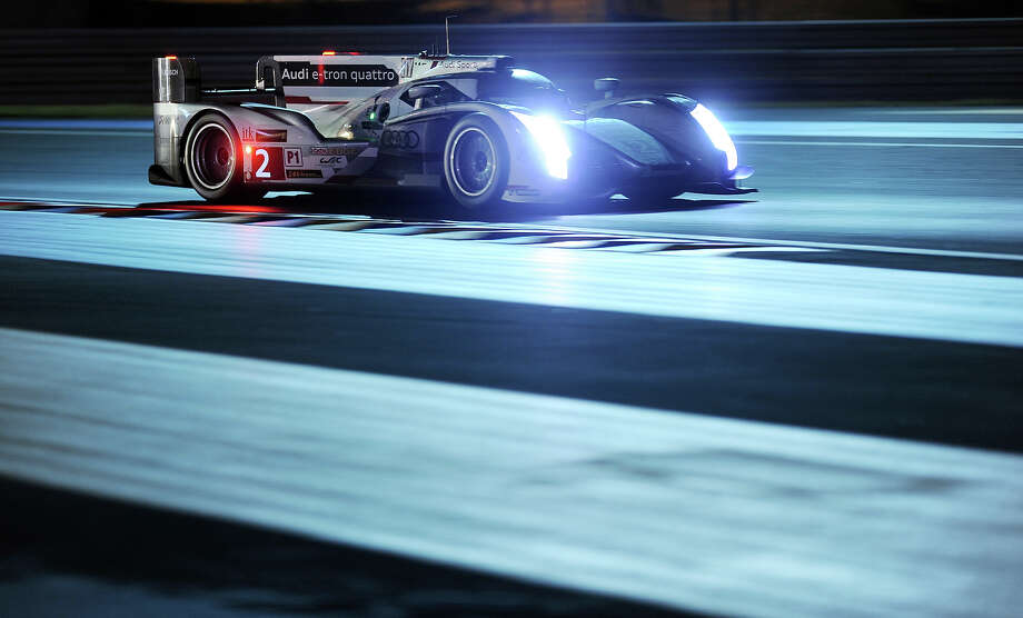 Audi R18 e-tron quattro N∞2 driven by French driver Loic Duval competes during the Le Mans 24 Hours endurance race on June 23, 2013, in Le Mans, western France. Photo: AFP, AFP/Getty Images / 2013 AFP