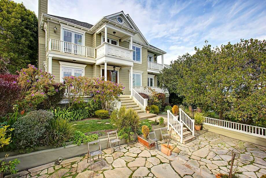 16 Sunshine Ave. in Sausalito was built in 1908 and originally was constructed as a duplex to provide supplemental income to the original owners. Photo: Jason Wells/Golden Gate Creative
