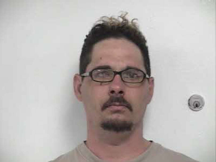 Name; James Dewayne Carter. Age: 39. Charge: Forgery. Photo: Hardin County Sheriff's Office