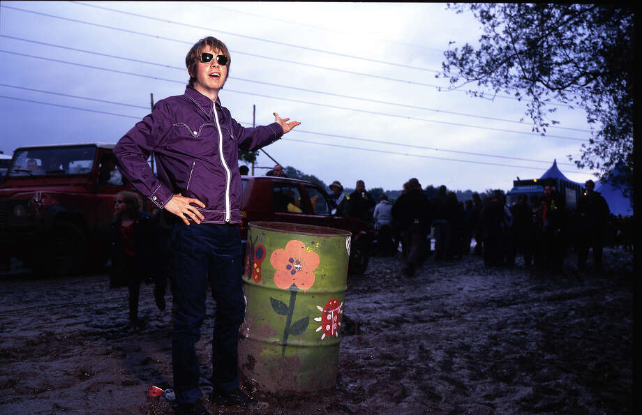 1998: Beck at Glastonbury. Photo: Mick Hutson, Redferns / Redferns