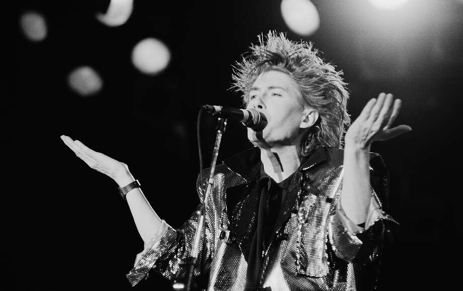 1986: Richard Butler, lead singer of English rock band the Psychedelic Furs, performs at the Glastonbury Festival Photo: Michael Putland, Getty Images / 2011 Michael Putland