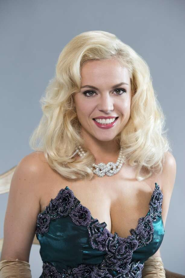 Agnes Bruckner stars as  Anna Nicole Smith.