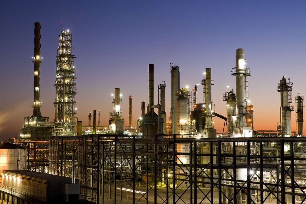 CVR Refining's petroleum business includes a 115,000 barrel per day complex full coking, medium-sour crude oil refinery operated by Coffeyville Resources Refining & Marketing in Coffeyville, Kan.]
