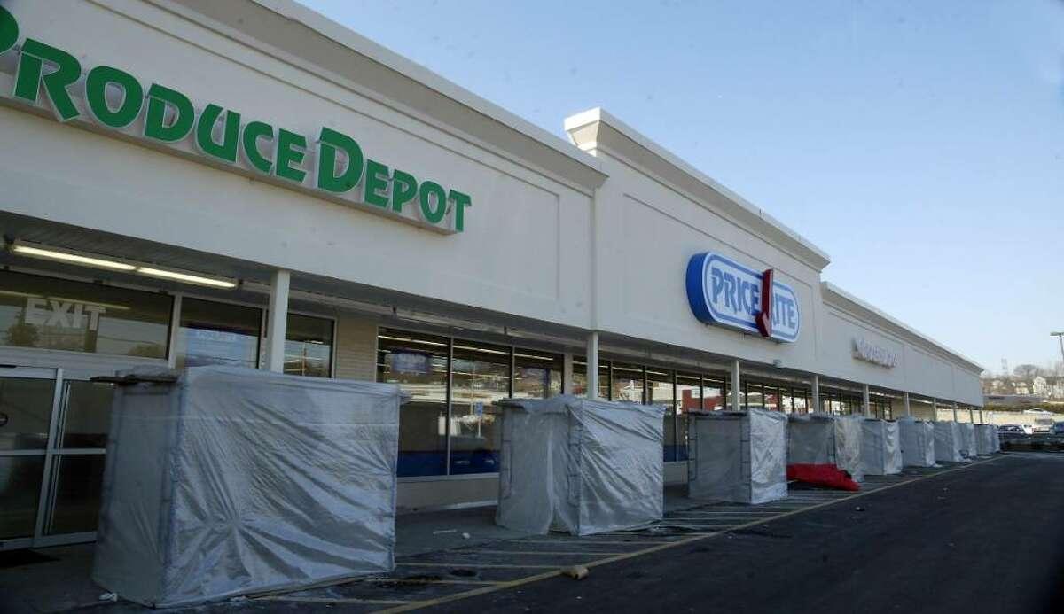 A new Price Rite will open on Main Street in Bridgeport. Thurdsay, Jan. 14, 2010.