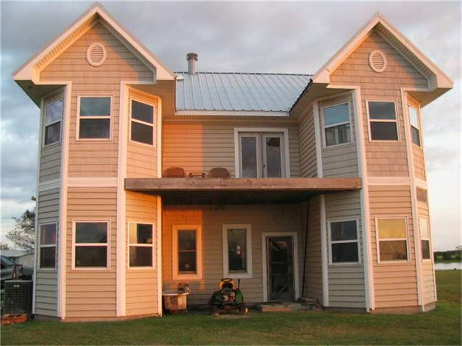 391 LCR 750a, ThorntonBedrooms: 3Bathrooms: 2Square footage: 2,594Price: $190,000