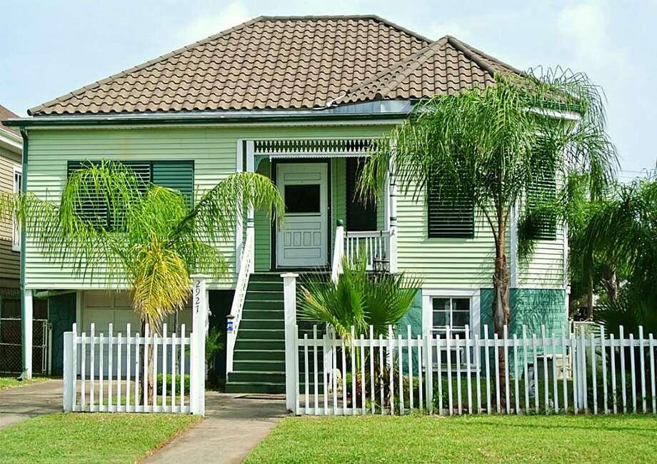 2927 Avenue P 1/2, Galveston Bedrooms: 3 Bathrooms: 2 1/2 Square footage: 1,632 Price: $189,950