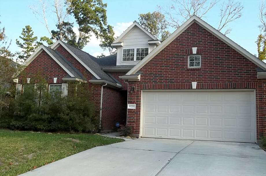 13722 Windsor Garden Lane