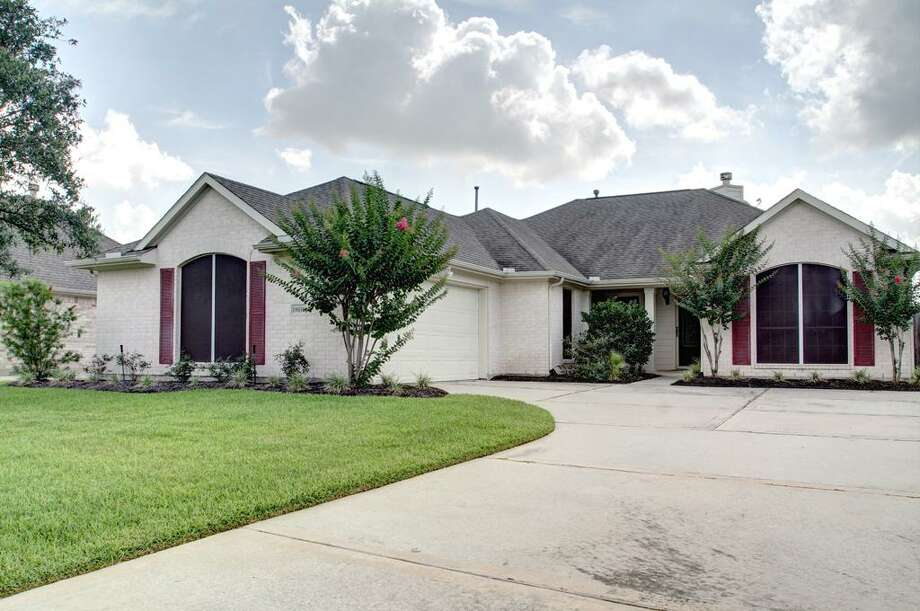 18630 Summercliff LaneBedrooms: 3Bathrooms: 2Square footage: 2,377Price: $188,000