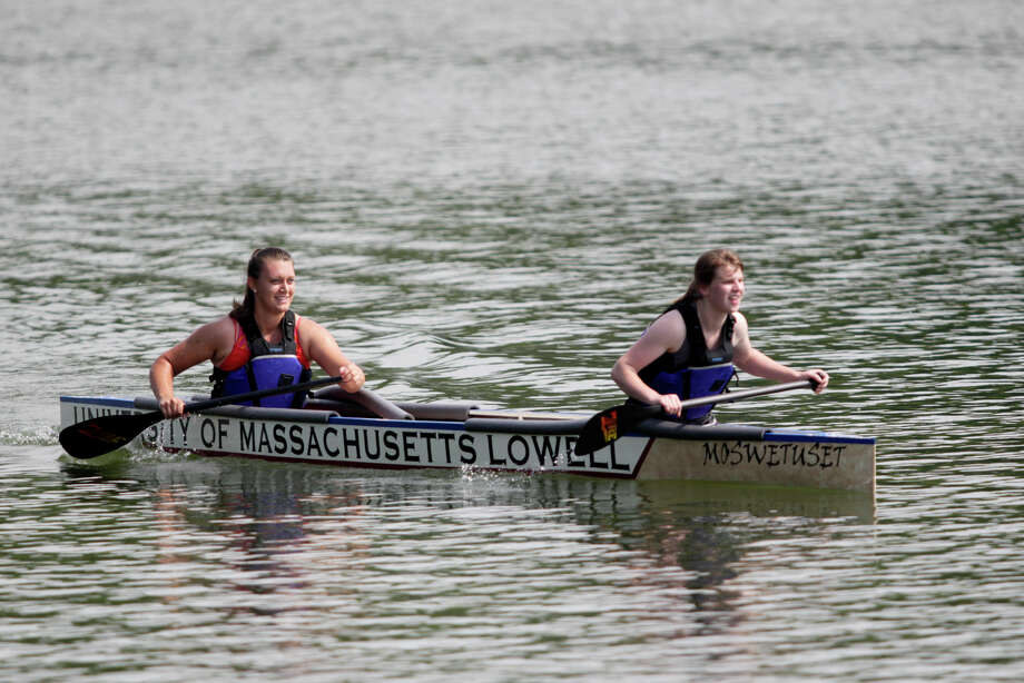 IMAGE DISTRIBUTED FOR ASCE - Civil engineering students from University of Massachusetts Lowell paddle it out in their quest for 'America's Cup of Civil Engineering' during the American Society of Civil Engineer's 26th Annual National Concrete Canoe Competition, Saturday, June 22, 2013 in Urbana, Ill. The University of Illinois Urbana-Champaign hosted the the three day event. Photo: AJ Mast, AP Images For ASCE / AP Images