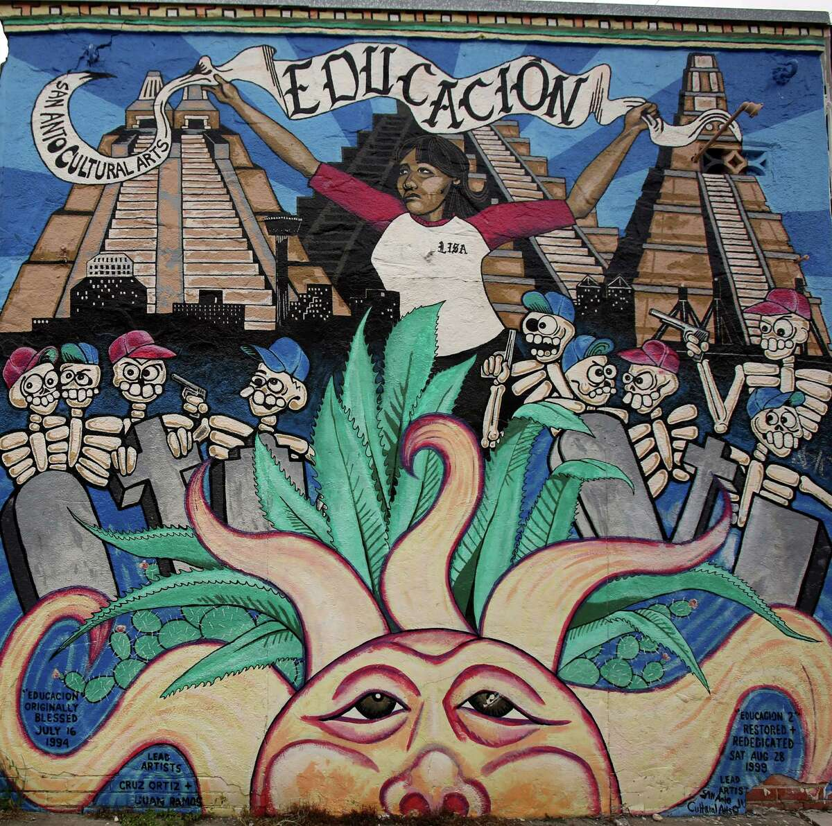2. Tour the West Side murals. If you don't have time to see all 50 of them, Denise Richter lists her favorite five on her blog sanantonio.net.