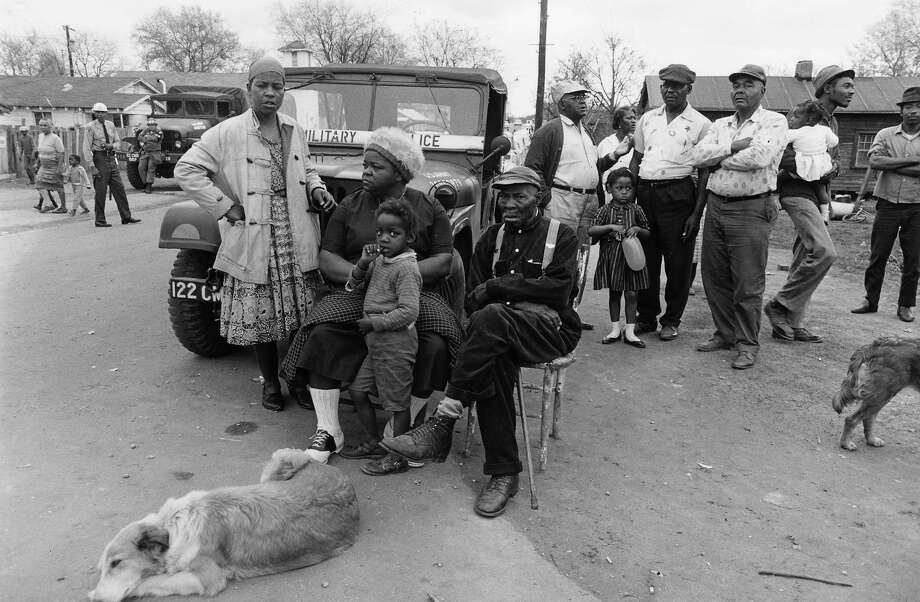 People on the roadside by Montgomery, Alabama, after the civil rights march from Selma. Photo: Bob Fletcher, Getty Images / Archive Photos