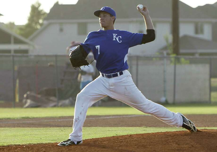 Katy Collegian pitcher Dylan Ducek fired off a pitch against the Houston Hurricanes. Photo: Diana L. Porter, Freelance / © Diana L. Porter