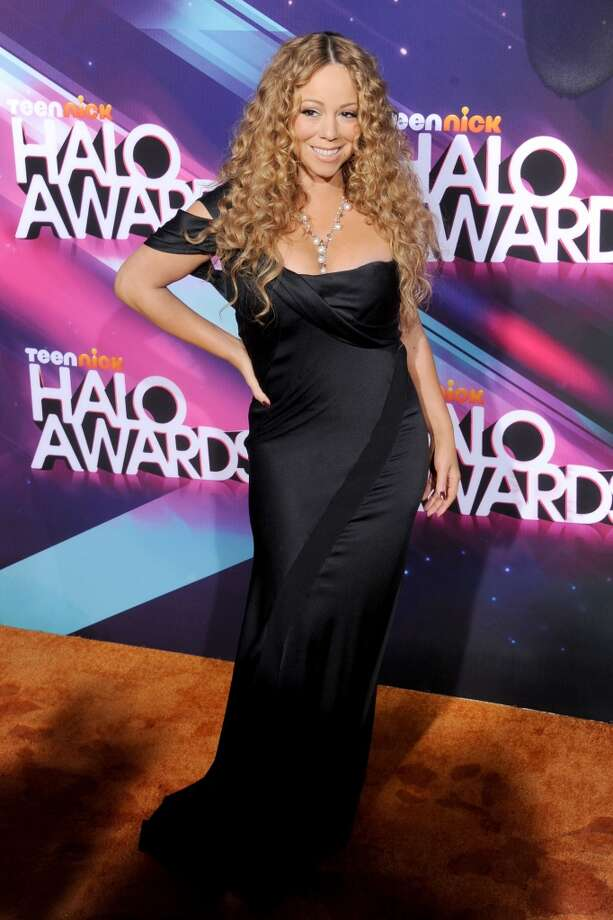 Actress/singer Mariah Carey arrives at the TeenNick HALO Awards at The Hollywood Palladium on November 17, 2012 in Los Angeles, California.  (Photo by Gregg DeGuire/WireImage)