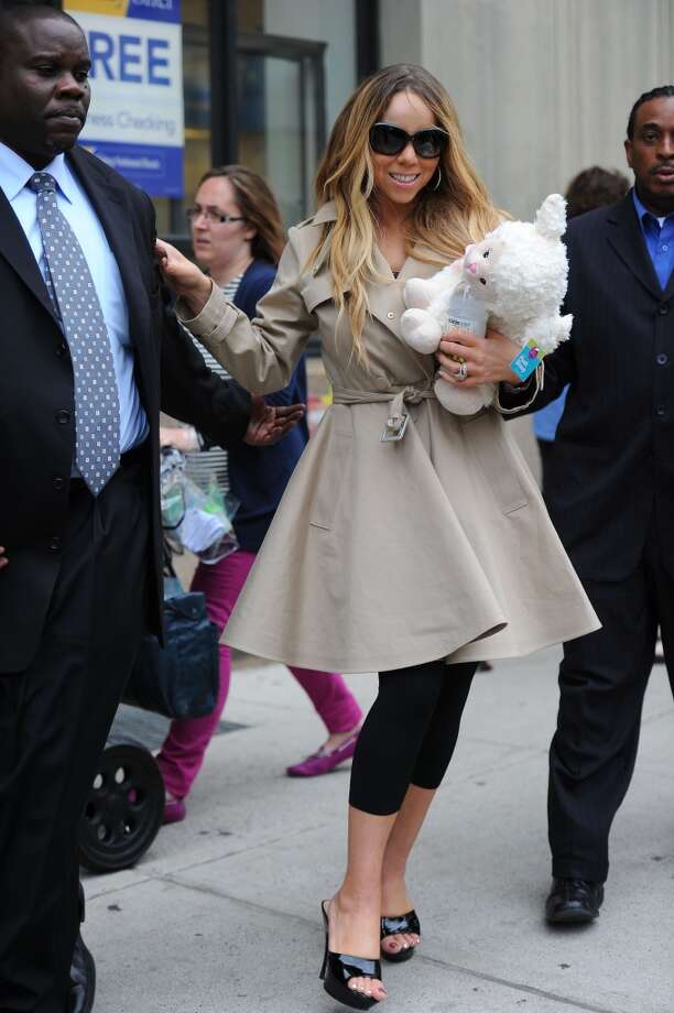 MANHATTAN NY - MAY 24: Mariah Carey sighting at Soho on May 24, 2013 in New York City, New York. (Photo by Josiah Kamau/BuzzFoto/FilmMagic)
