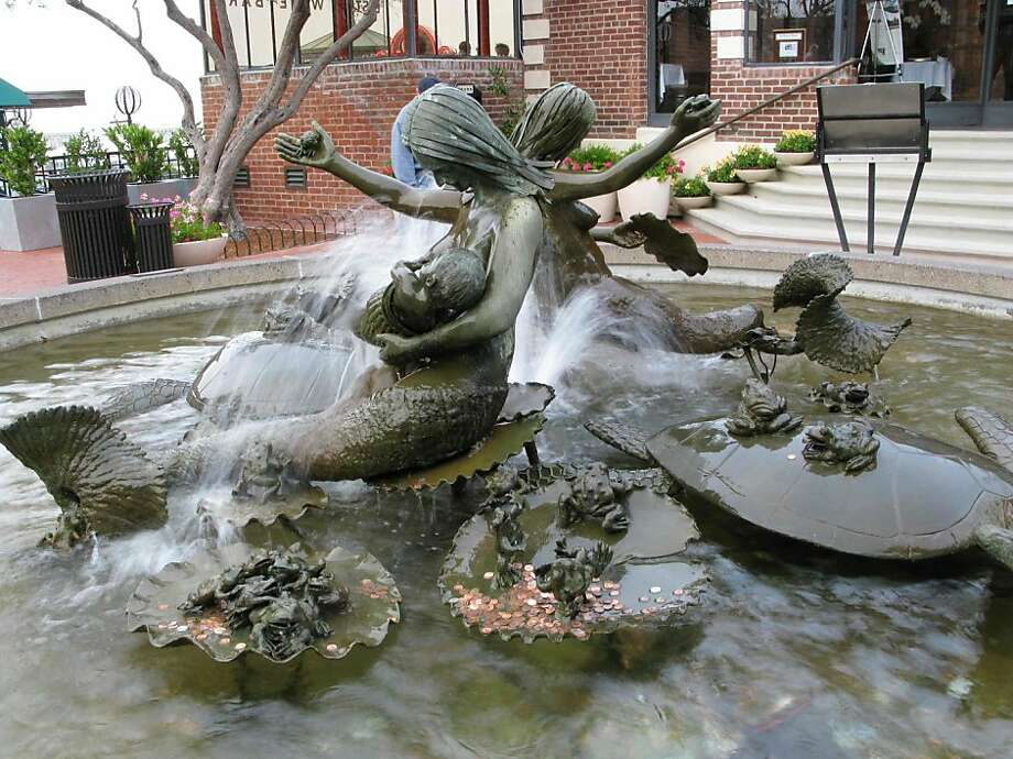 Andrea, Cast Bronze Mermaids, 1968Ghirardelli Square900 Northpoint Street Photo: Aiko Cuneo