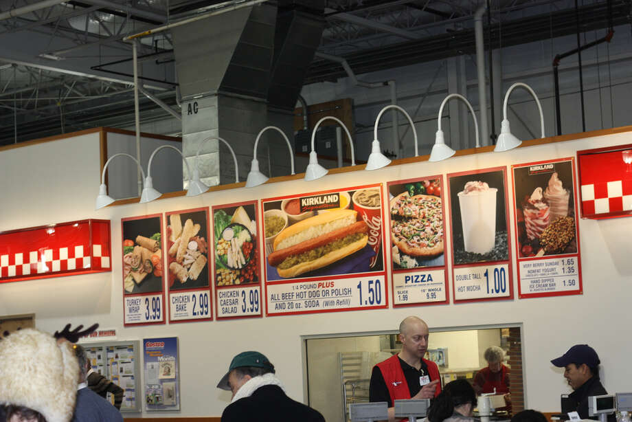 Love:The food court, especially the hot dog and soda combo for $1.50. 
