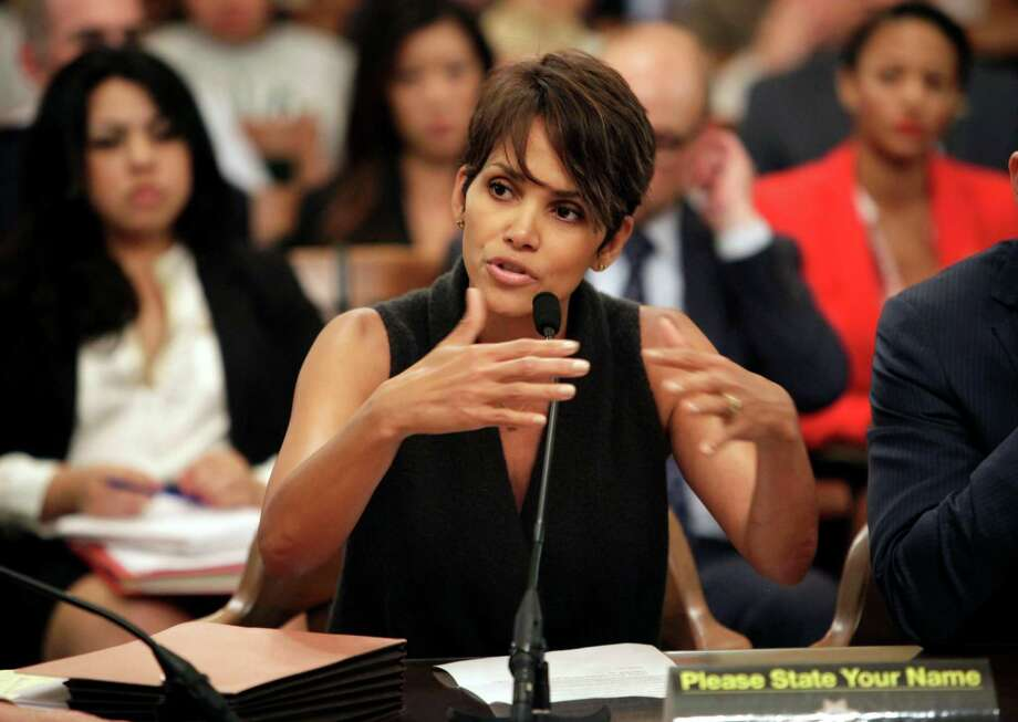 Halle Berry testified that her daughter is afraid of going to school because of skulking paparazzi. Photo: Steve Yeater, FRE / FR69238AP