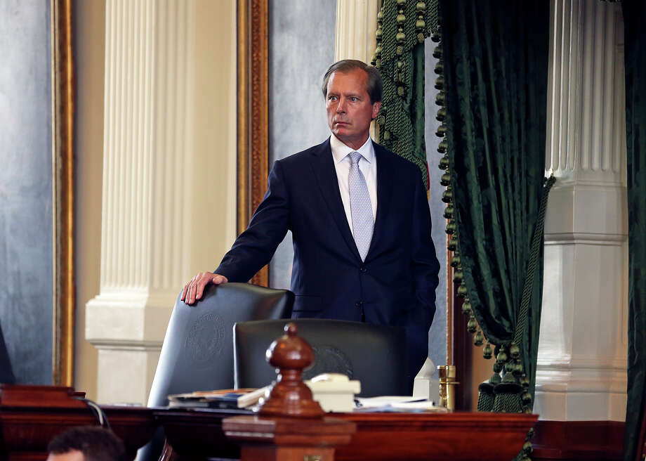 Lt. Governor David Dewhurst watches from the podium as Fort Worth Senator Wendy Davis filibusters in an effort to cause abortion legislation to die without a vote on the floor of the Senate Tuesday, June 25, 2013. Photo: TOM REEL
