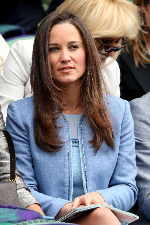 Pippa Middleton watches the Gentlemen's Singles first round match between Andy Murray of Great Britain and Benjamin Becker of Germany.