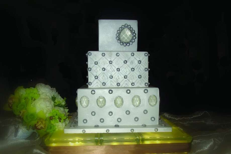 Fondant embossed and satin painted with handmade sugar broaches custom sugar diamond detail by Beyond Buttercream. Photo: Picasa