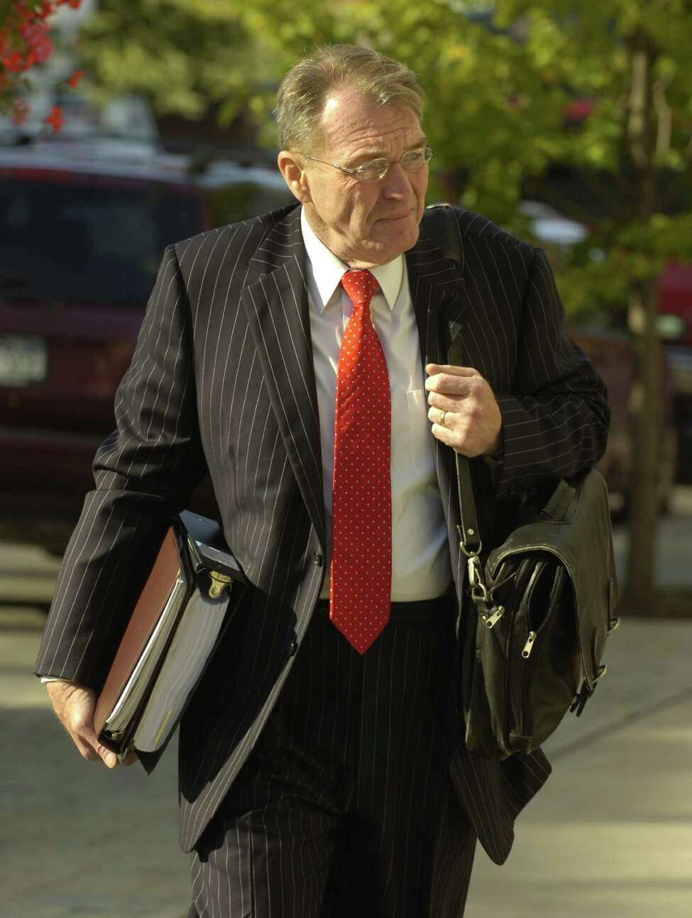 Lawyer Terry Kindlon heads to the federal courthouse for his representation of Yassin Aref in September 2006. (Skip Dickstein / Times Union archive).