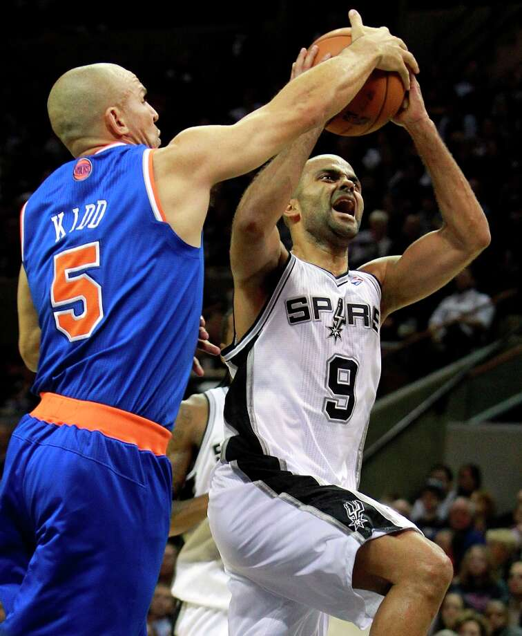 Jason Kidd thwarts Tony Parker in the second half as San Antonio hosts the New York Knicks at the AT&T Center on Nov. 15, 2012. Photo: Edward A. Ornelas, San Antonio Express-News / ©2012 San Antono Express-News