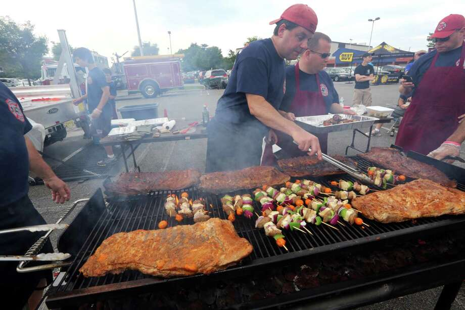 Texas has barbecue. No poxy, carb-filled breakfast food for Texans - perfectly cooked meat is the state signature. Another bonus is, if you ask, the livestock was probably raised in Texas (a departure from those mystery meat NYC hot dogs).  Photo: CHRIS PEDOTA, Associated Press / The Record