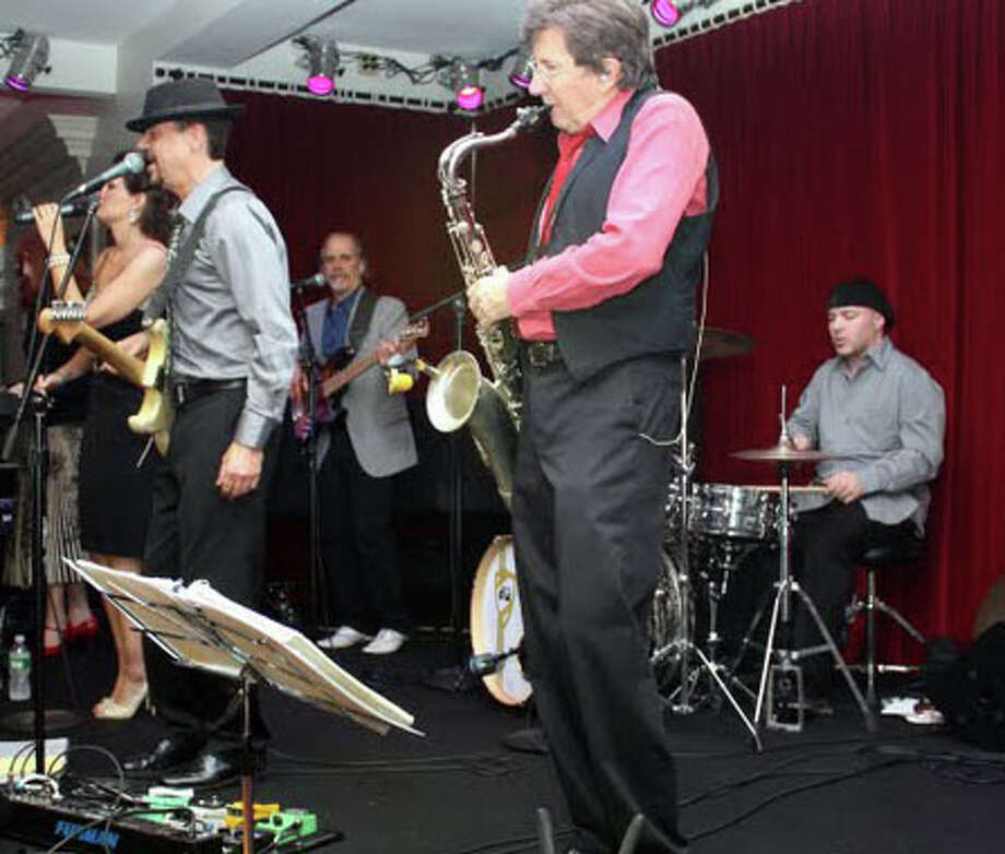 Things will swing Sunday when Eight to the Bar peforms at the Levitt Pavilion. Photo: Contributed Photo / Westport News