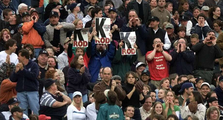 Mariners fans boo Alex Rodriguez as he come to bat April 16, 2001, at Safeco Field. Photo: Paul Kitagaki Jr., Seattle P-I Archive