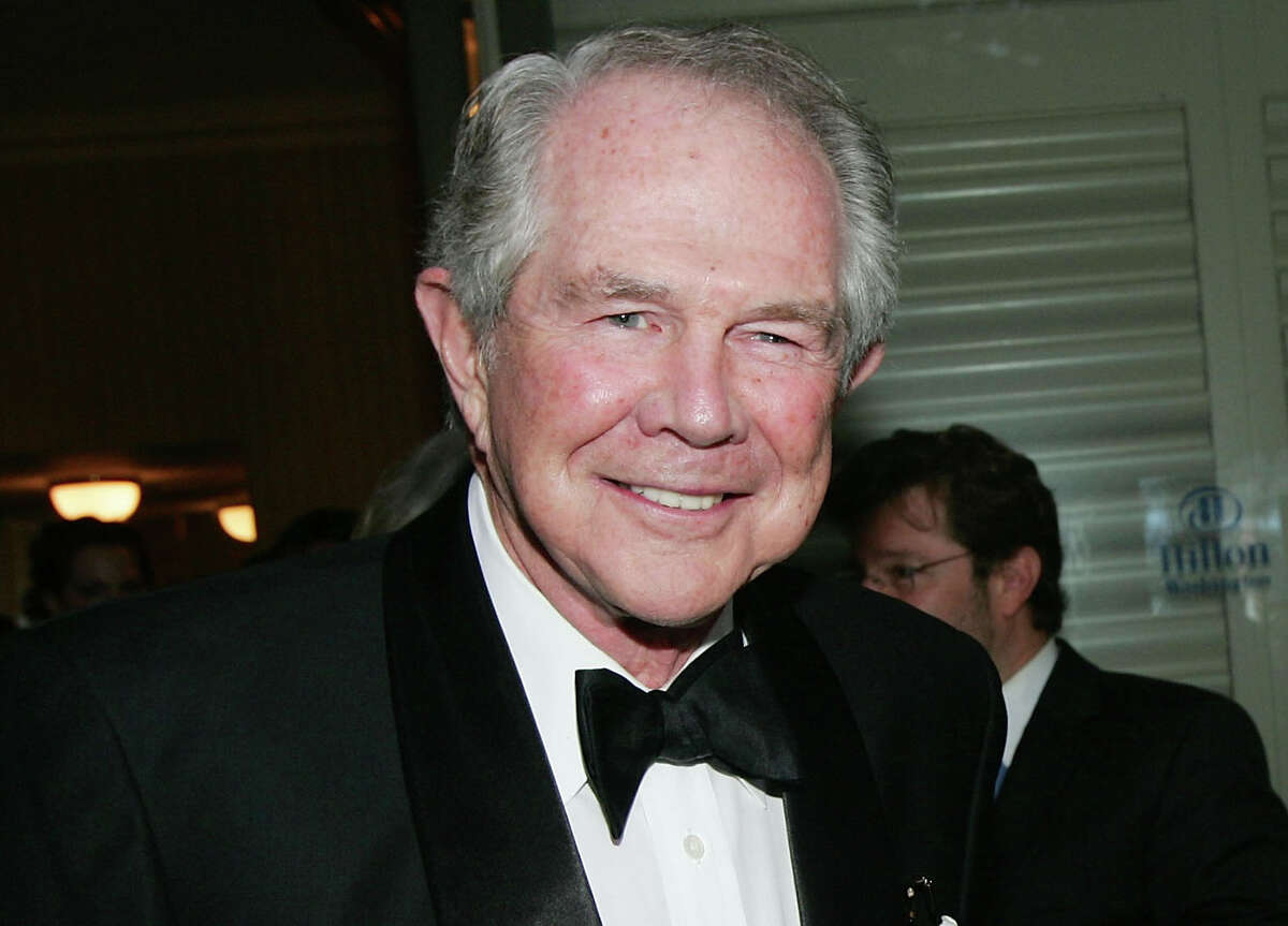 - Pat Robertson: Many people found themselves oddly cheering for the longtime conservative televangelist, after he lectured on the need to soften marijuana laws. But he also said the tornadoes that devastated the Midwest in March could have been prevented if enough people had prayed.