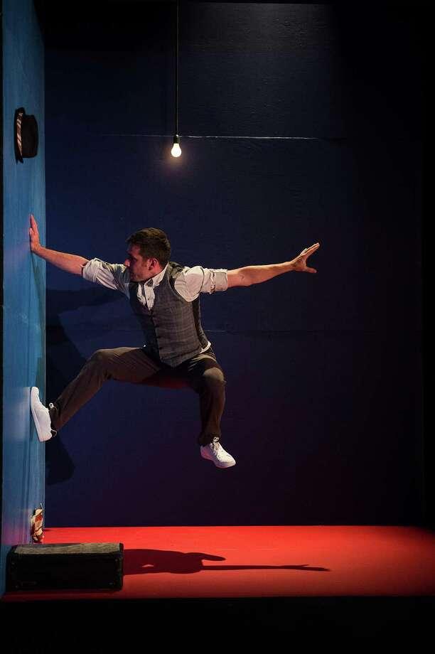 Tobias Wegner in LEO; photo Christopher Duggan, Courtesy Jacob's Pillow Dance.