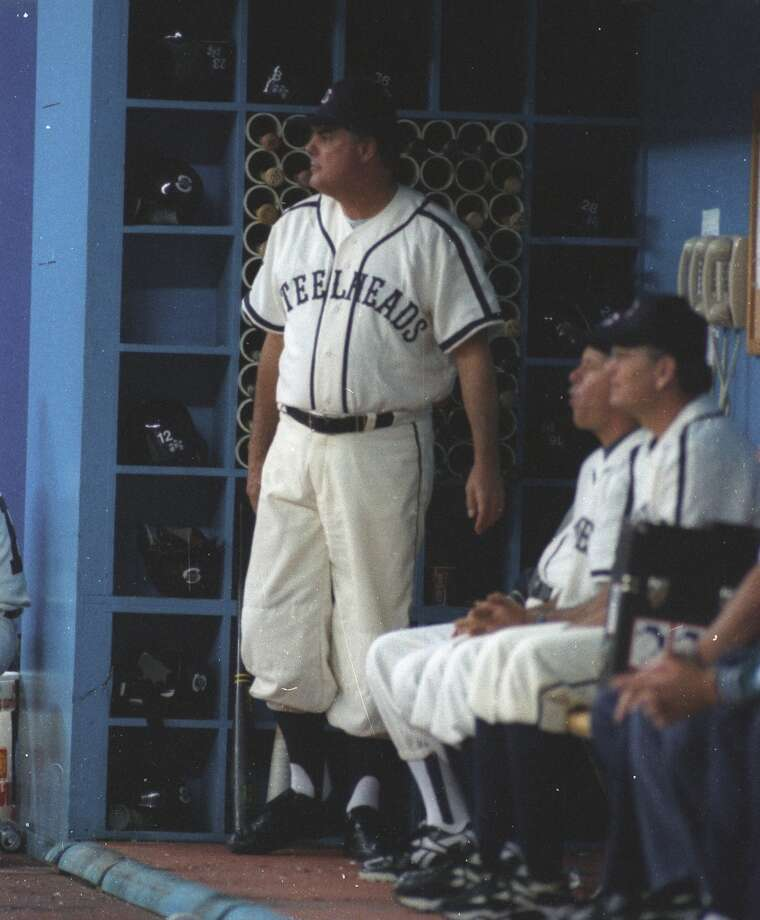 SEPT. 9, 1995Kansas City Monarchs at 1946 Seattle SteelheadsMariners skipper Lou Piniella (pictured standing) and the rest of the 1995 Mariners -- at the start of their magical run to the postseason -- donned throwback jerseys for this September game. The M's honored the 1946 Seattle Steelheads of the Negro Leagues at the Kingdome, while the Royals wore the jerseys of the Negro Leagues' Kansas City Monarchs. The Mariners ended up winning that game 6-2.  On July 31, 1996, the Mariners dressed as the 1946 Rainiers for a ''Turn Back the Clock'' game in Milwaukee. The Brewers wore the jerseys of the 1946 Milwaukee Braves -- which are now the Atlanta Braves.