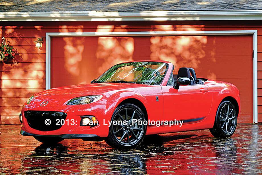 2013 Mazda MX-5 Miata Club PRHT (photo by Dan Lyons) / copyright: Dan Lyons - 2013